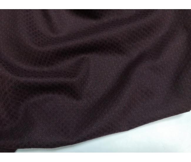 Костюмно-плательная жаккардовая ткань, цвет фона свекольный