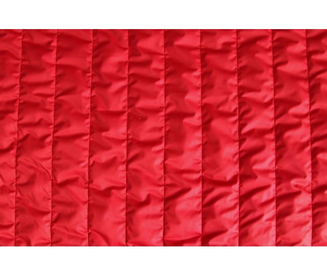 Стеганая  на тинсулейте ,  цвет красный