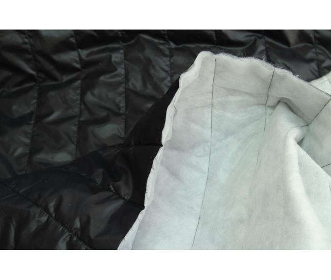 Стеганая на тинсулейте , цвет  черный  с легким блеском типа moncler