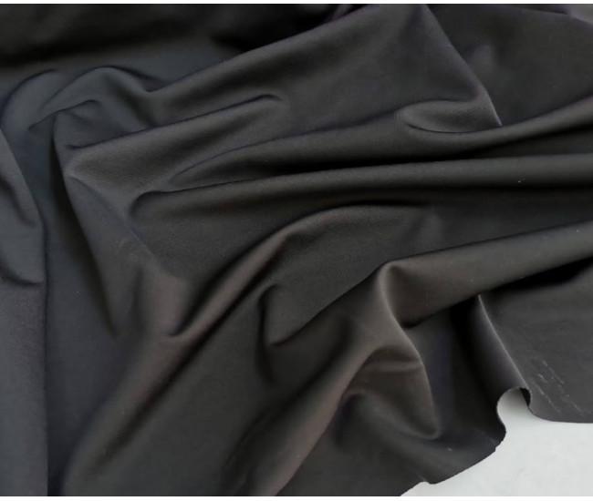 Костюмно-плательный двусторонний трикотаж-джерси. Цвет черный.