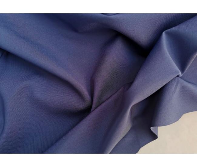 Костюмно-плательный двусторонний трикотаж-джерси. Цвет темно-лазурный.