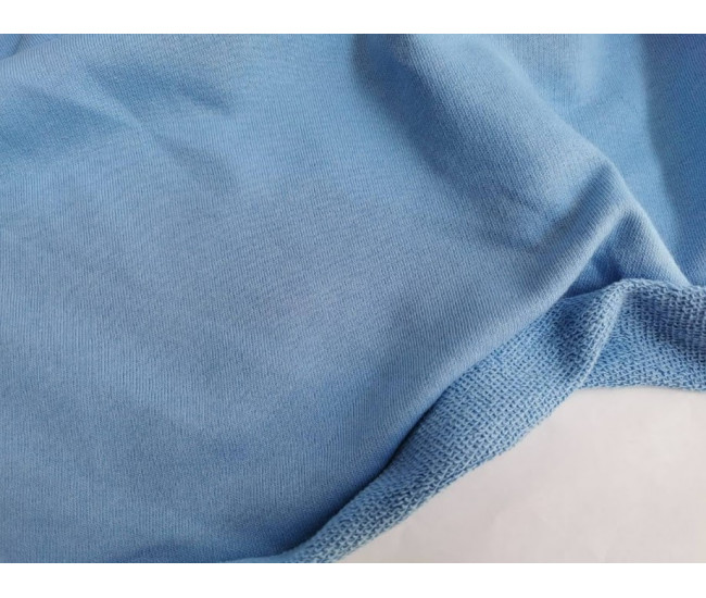 Хлопковый футер, изнанка петля. Цвет голубой.