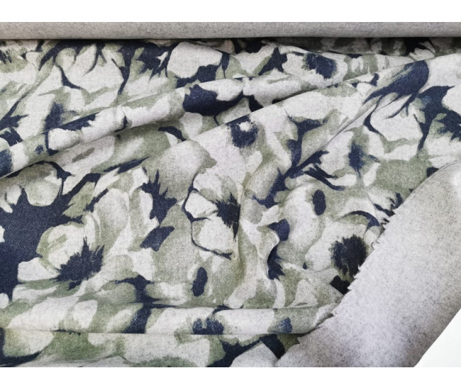 Пальтовая двусторонняя ткань, одна сторона с печатью, фон светло-серый меланж.