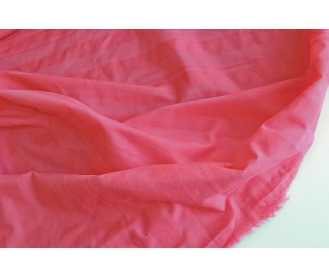Плательно-рубашечный хлопок в фактурную полоску, цвет розовый.