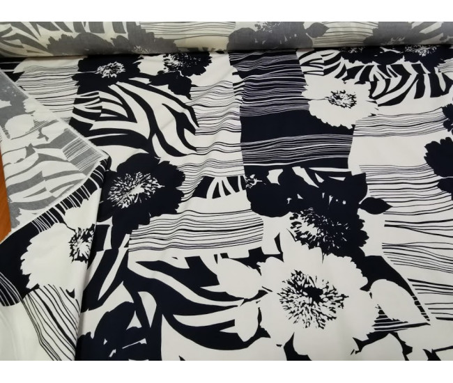 Плательно-рубашечный тонкий хлопок с печатью,  фон молочный с черно-синим рисунком