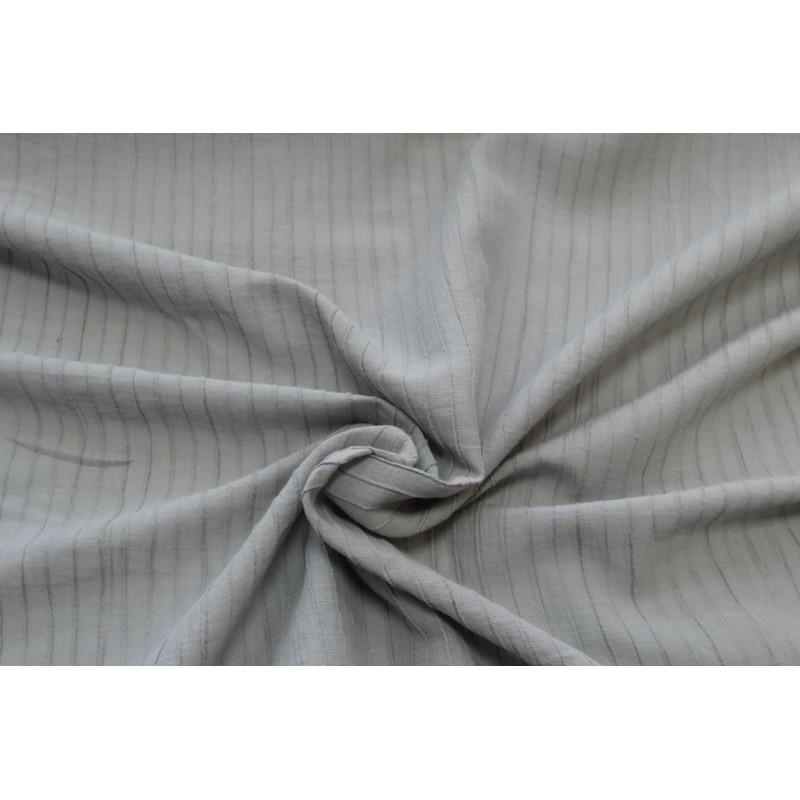 Блузочно-плательная фактурная крапива с эффектом крэш. Цвет  серый.