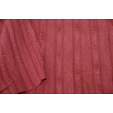Блузочно-плательный хлопок с фактурными полосками вдоль кромки.    Цвет размытый красный.