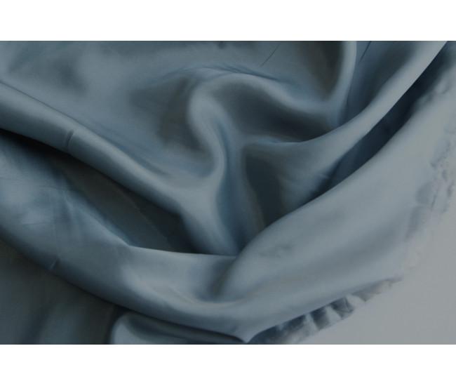 Подкладочная  жаккардовая ткань.   Цвет серая с голубым подтоном.
