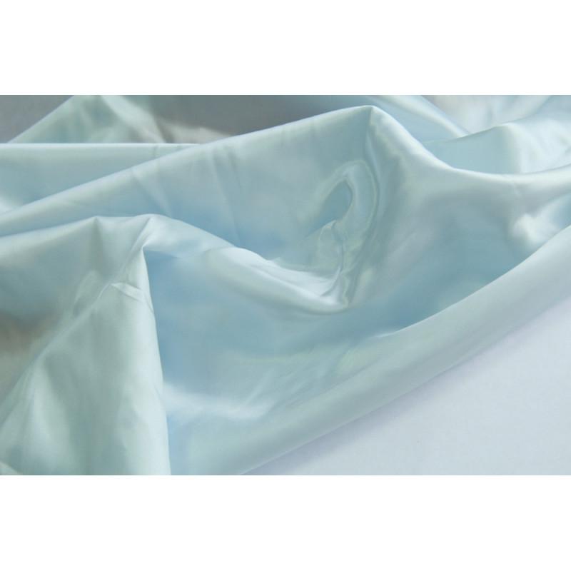Подкладочная  ткань.   Цвет бледно-голубой.