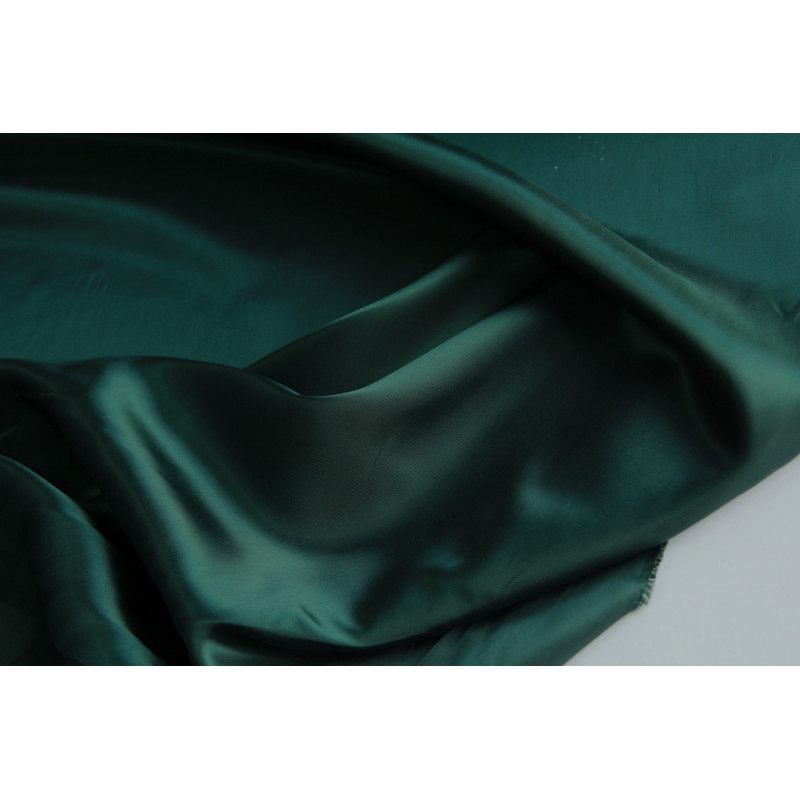 Подкладочная  ткань.   Цвет изумруд.