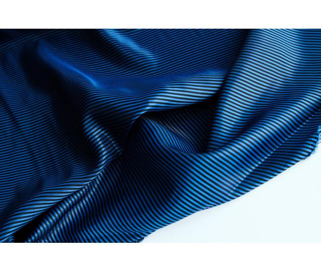 Двусторонняя подкладочная ткань в полоску,  полоска поперек кромки,  цвет сине-черный