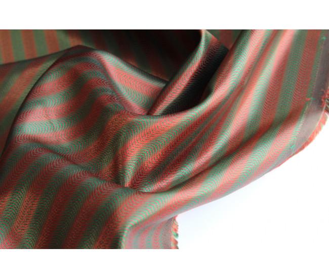 Подкладочная жаккардовая ткань в полоску, полоска вдоль  кромки,  цвет терракотово-оливковый