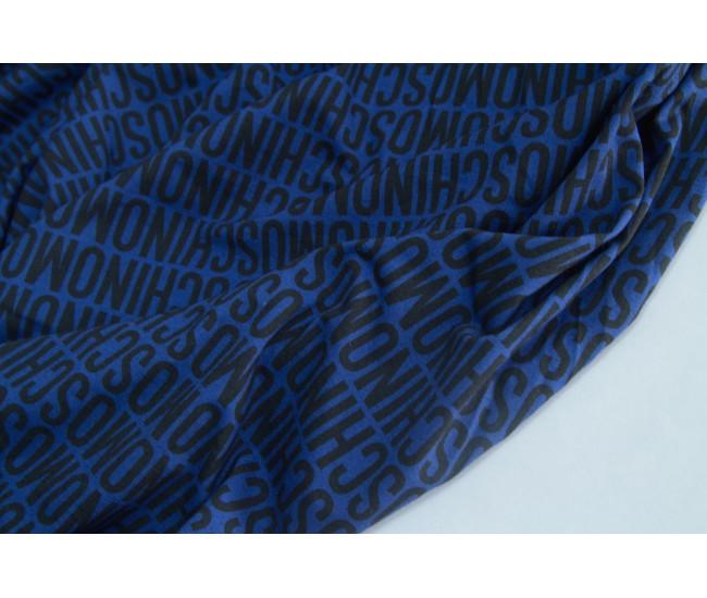 Хлопковый трикотаж с печатью MOSCHINO,  фон синий