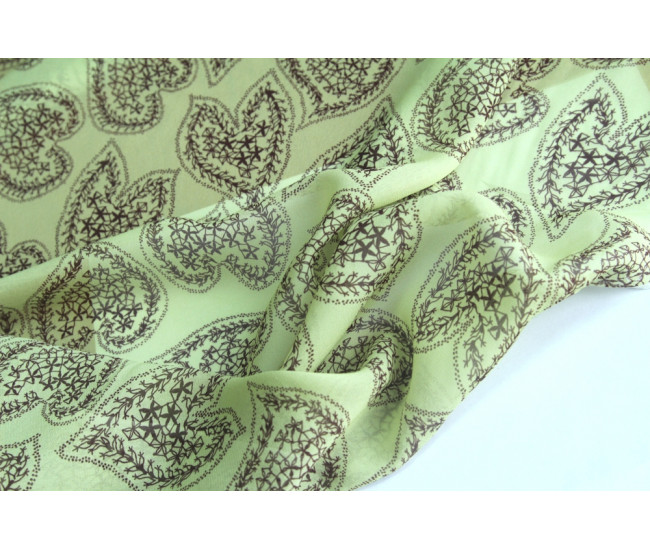 Плательно-блузочный   вискозный шелк с печатью,  фон нежно-салатовый