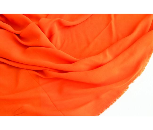 Плательно-блузочный вискозный  креп, цвет морковный.