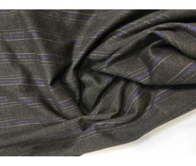 Костюмный биэластичный  трикотаж,  цвет черно-молочно-сини. Остаток 3,20м